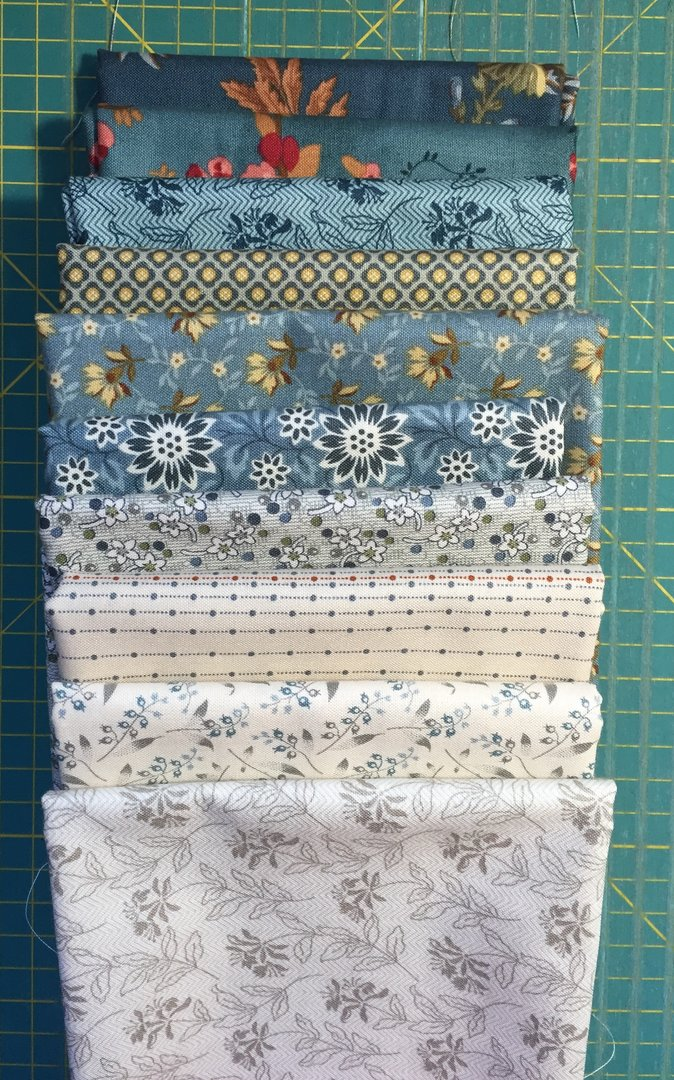 Bed of Roses nippu -sininen